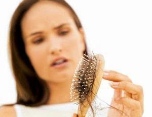 волосы выпадают прядями